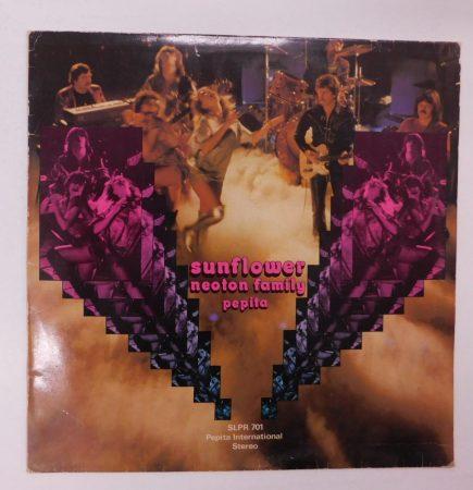 Neoton Family - Sunflower LP (VG+/VG) angol címke