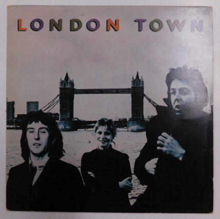 Wings: London Town LP (VG+/VG) IND