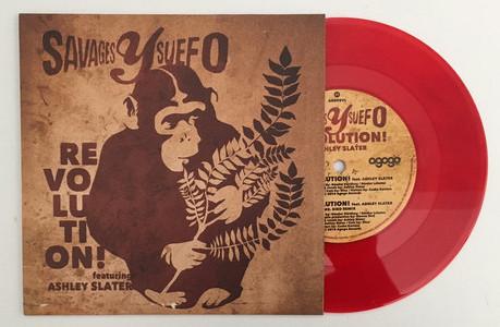 """Savages y Suefo feat. Ashley Slater - Revolution! 7"""" (új,piros)"""