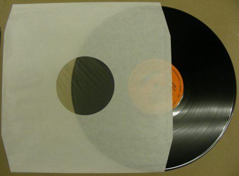 LP tasak antisztatikus fóliával - krém - 70gr. - vágott sarkokkal