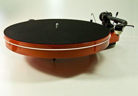 Analogis Mat Five lemezalátét /kétrétegű, filc+szénszál, 1.3mm/ 19gr.